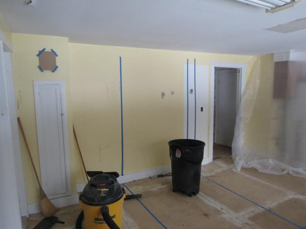 Kitchen Wall Demo (2/6)
